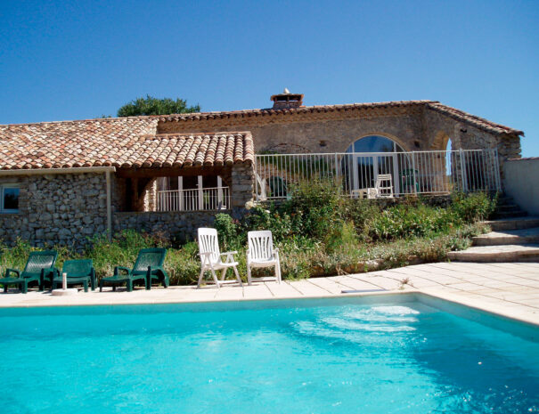 villa-bergerie-piscine