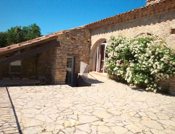 villa-bergerie-terrasse
